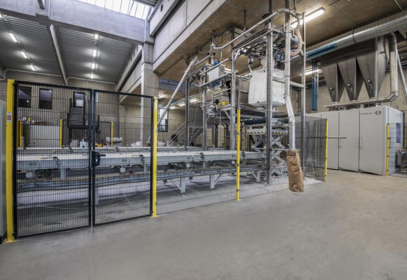 Big Bag Handling Befuellanlagen Hubtisch Sackbefuellung Vorlagebehaelter Anlagenmechanik Endeco