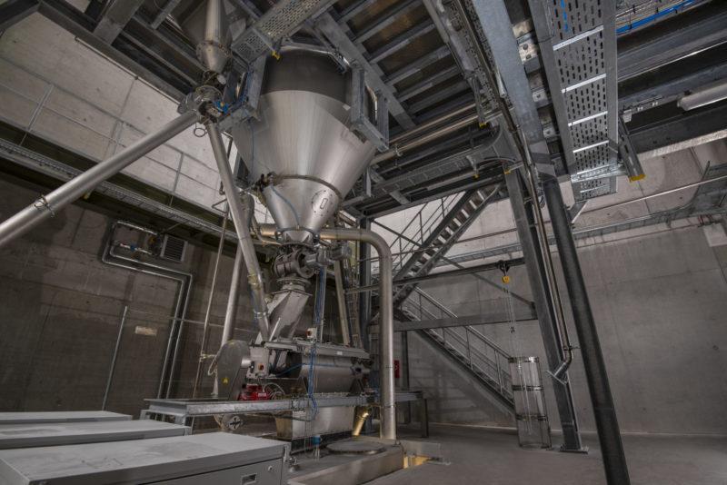 Dosieranlage Mischanlage Abfuellanlage Abscheider Sackbefuellung Kontrollsieb Anlagenmechanik Endeco